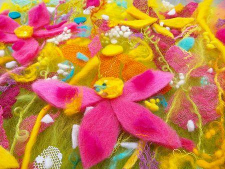 Yellow_Garden_Fibre_Detail_Pink_Flower_Small