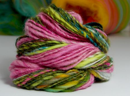 Handspun_Yarn_Pink_Green