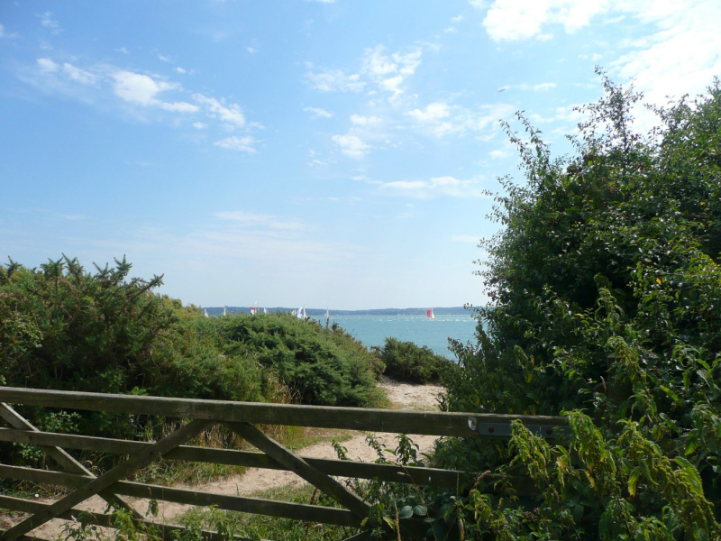Path to lepe beach