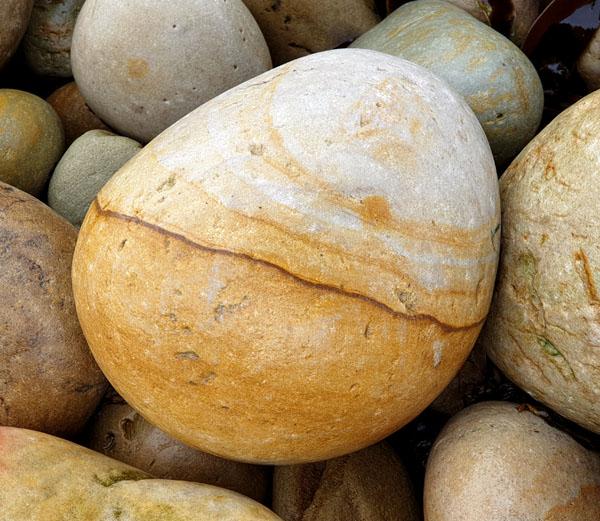 Pebbles_4